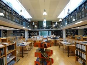 Bibliotheque archives d architecture moderne - Moderne bibliotheek ...